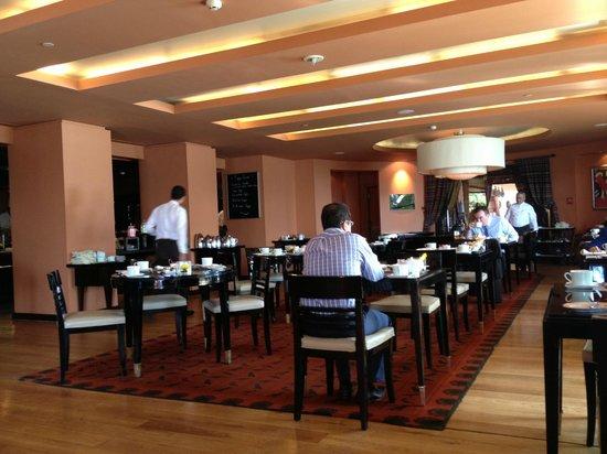 Sofitel Cairo El Gezirah: Breakfast area
