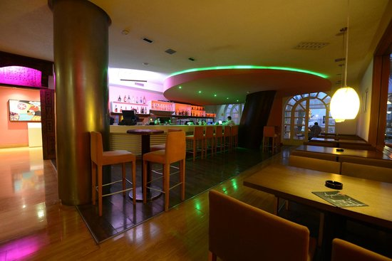 Hotel Timoulay & Spa Agadir: Timoulay Bar- free wifi - live music