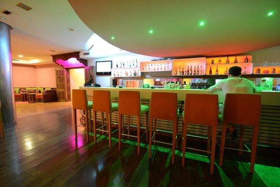 Hotel Timoulay & Spa Agadir : Timoulay Bar- free wifi - live music