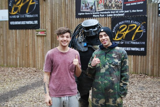 Bawtry Paintball & Laser Fields: 1Direction Louis Tomlinson & Zayn Malik @bawtrypaintball