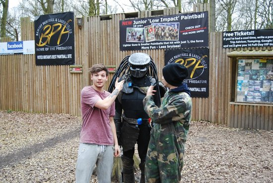 Bawtry Paintball & Laser Fields: Louis Tomlinson & Zayn Malik from 1D, at Bawtry Paintball Fields