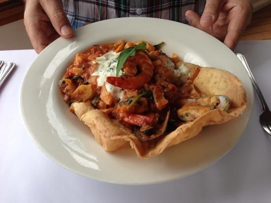 The Terrace Seafood Restaurant: paella!!