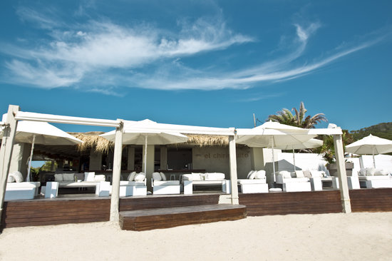 el chiringuito ibiza playa es cavallet ristorante. Black Bedroom Furniture Sets. Home Design Ideas