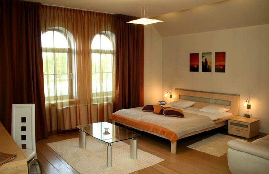 Libava Hotel: Room with wiew to Liepaja's Trade chanel