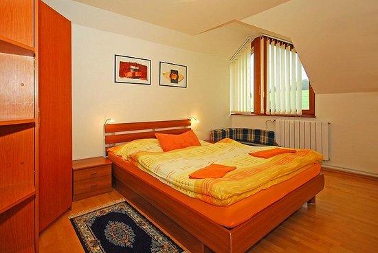 VIP Apartmany Besenova: Apartment nr3 bedroom 1