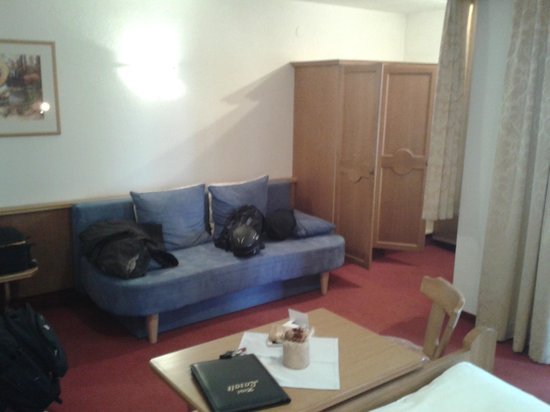Hotel Garni Lasalt: Raum