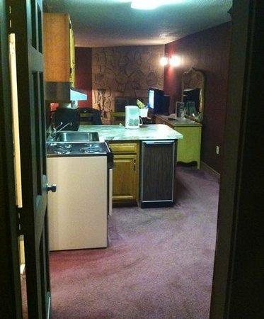 Brookside Resort: Kitchen #301