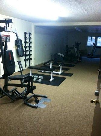 Brookside Resort: Fitness Room
