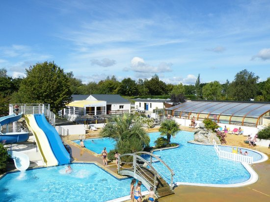 Camping de la piscine fouesnant brittany france for Camping le piscine sarteano