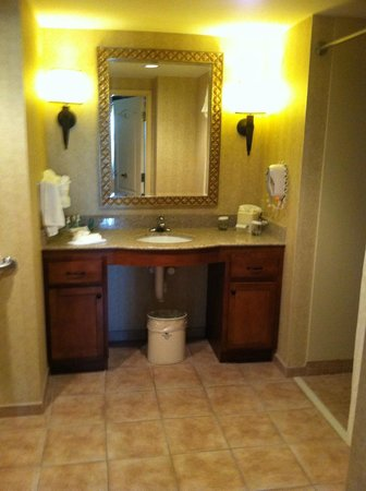 Homewood Suites by Hilton Lancaster: Our Room...Not the fanciest...But clean and comfy.