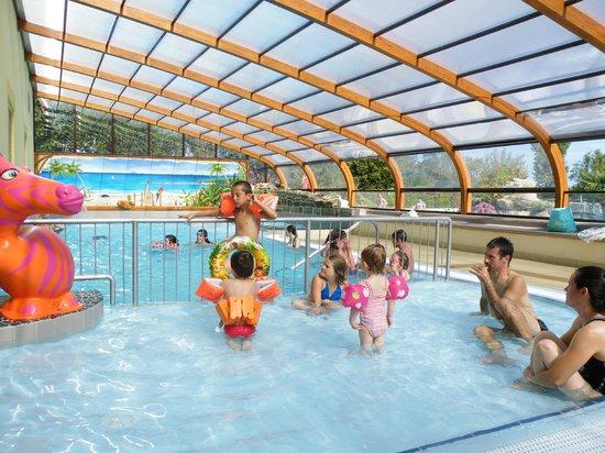 Camping de la piscine fouesnant finist re voir les for Piscine de camping
