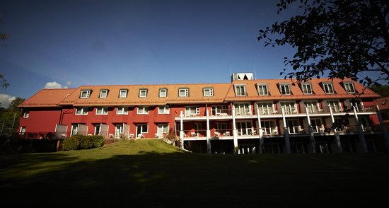 Waldhotel Stuttgart: Rückansicht