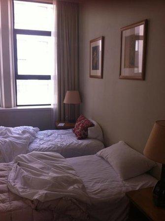 Quest Wellington: bedroom1