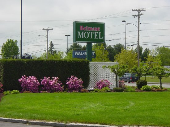 Belmont Motel: GROUNDS