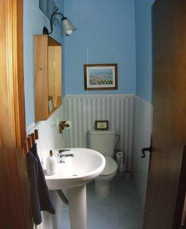 Malaga Lodge: Toilette