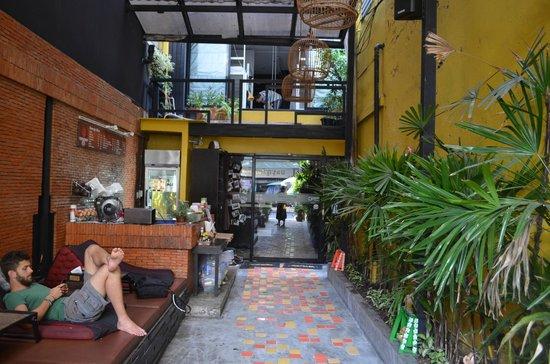 NapPark Hostel @ Khao San: dinning area