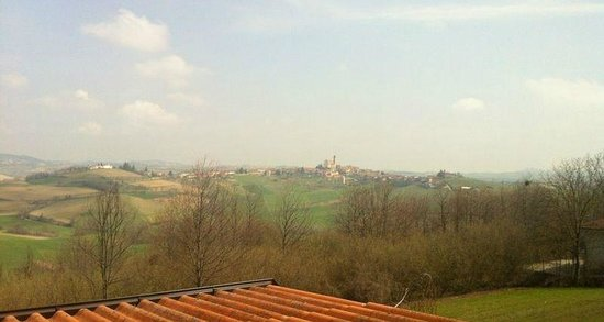 San Desiderio, Italien: Panorama dalla finestra del ristorante