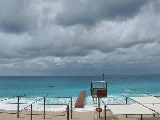 Liberty Hotels Lykia: шторм