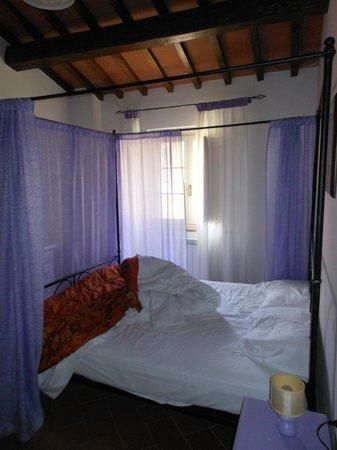 Borgo Collelungo : la seconda camera da letto.