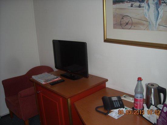 SORAT Hotel Ambassador Berlin: Flachbild