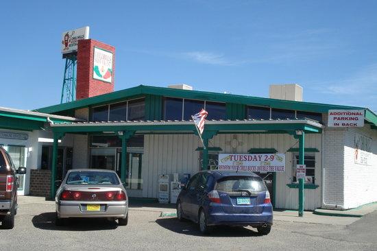 Chilli Hills Restaurant: Front view of Chili Hills