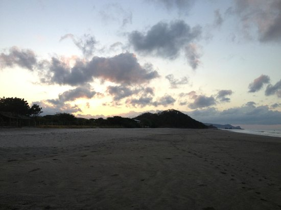 Popoyo Beach Hostel : Beach view