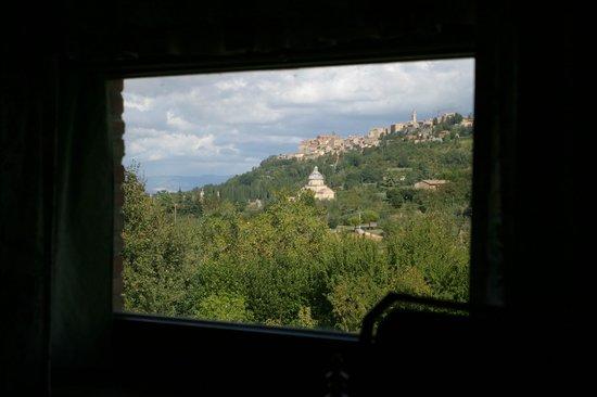 Relais Ortaglia: Vista dal bagno della suite San Donato
