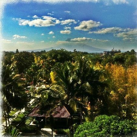 Sheraton Mustika Yogyakarta Resort and Spa: A hotel with spectacular view...