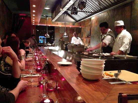 Degustation : size of restaurant shown here. intimate. engaging setting.