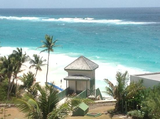 The Crane Resort: beach