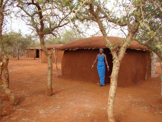 Muteleu Maasai Traditional Village: Exterior of our self-contained manyattas.