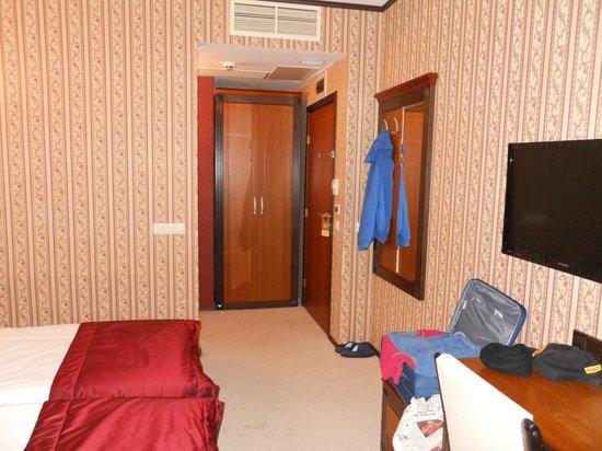 BEST WESTERN PLUS Bristol Hotel: Room