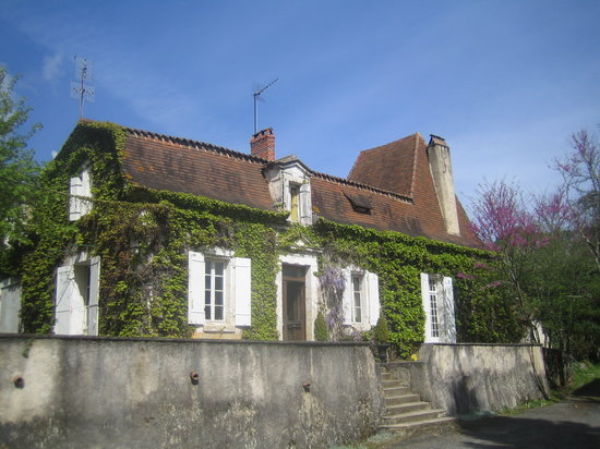 Bourgnac, France : getlstd_property_photo
