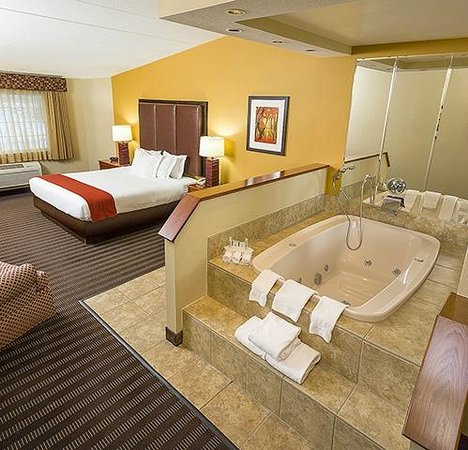 Jacuzzi Tub In Hotel Room Near Me