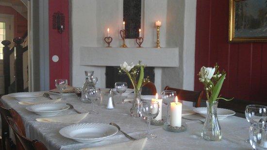 Stokke Nedre: Dining room