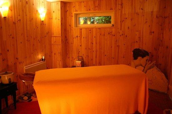 Villa Trouz Ar Mor : salle de massage