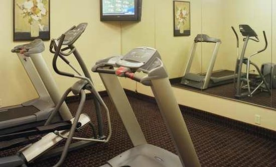 Homewood Suites by Hilton Houston West-Energy Corridor: Fitness Center with Cardio Machines