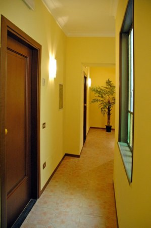 Reginella Residence : Corridoio