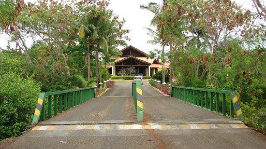 Natura Park Beach - EcoResort & Spa: entrée du resort.