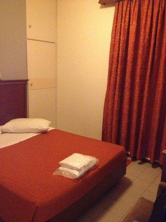 Apollo Hotel: Single room