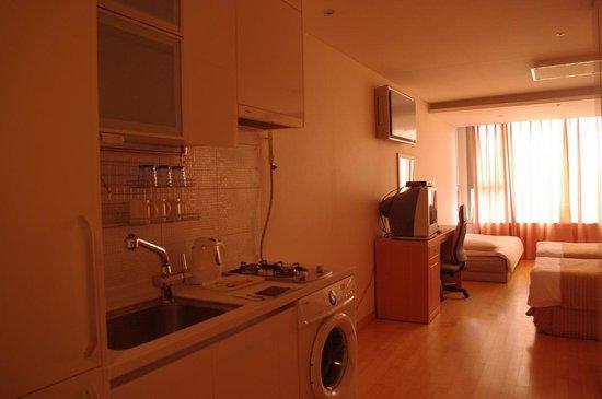 Hyundai Residence: 4