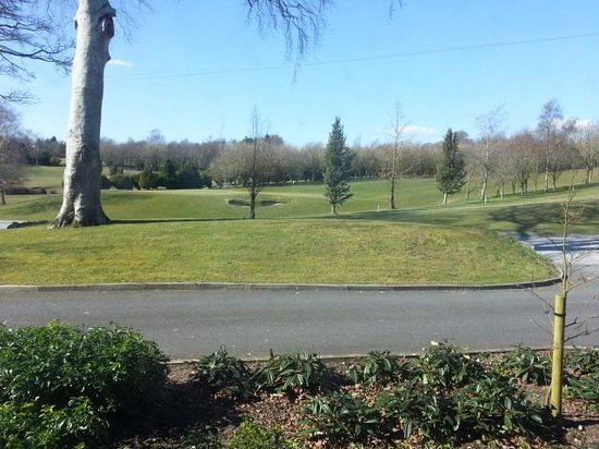 Glasson Country House Hotel & Golf Club: View of the golf course from ground floor room 122