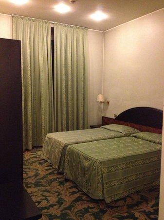 Amadeus Hotel: Single room