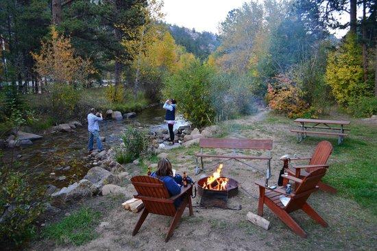 Castle Mountain Lodge: Bear Hunting