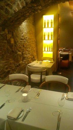 Melnie Muki: nice restaurant designe