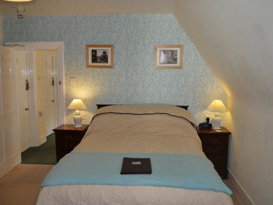 Gable Lodge Guest House: Room 4 is a cosy room on the 2nd floor
