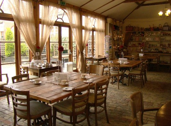 Thornham Coach House: The restaurant