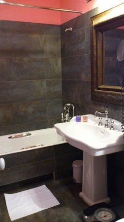 Hotel Le 123 Elysees - Astotel: salle de bain