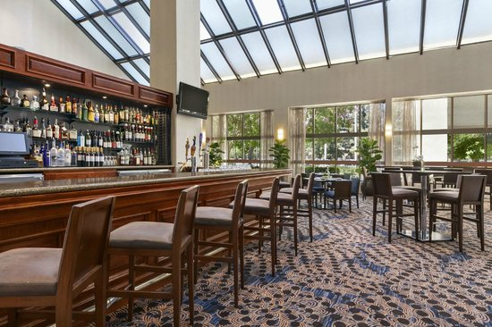 Embassy Suites by Hilton Hotel Santa Clara: Valley Plaza Cafe