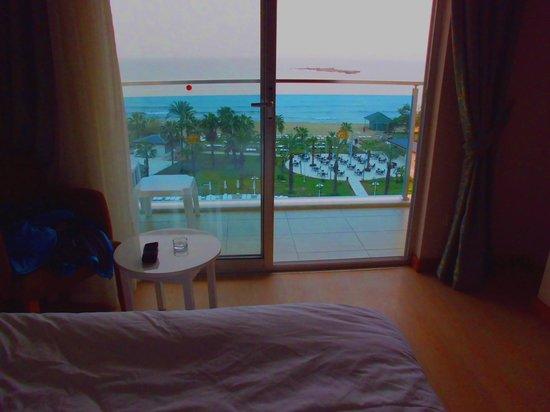 Annabella Diamond Hotel: Ausblick vom Zimmer im 6 Stock